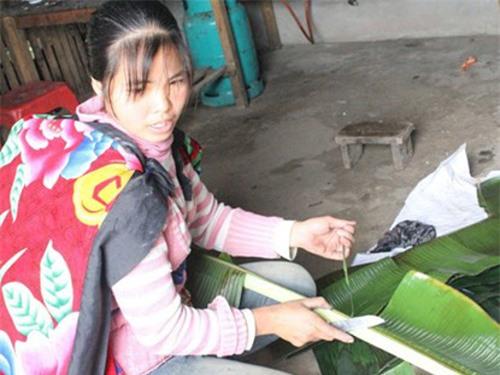 Đặc sản bánh vắt vai ngày Tết độc đáo ở Bắc Giang