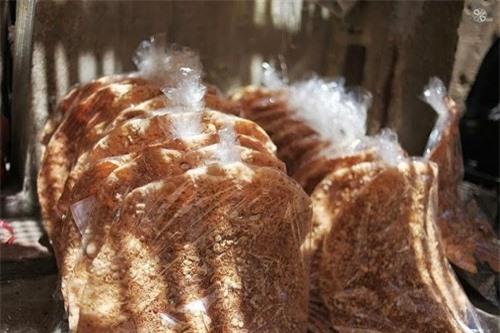 Về Bắc Giang mua bánh đa kế làm quà