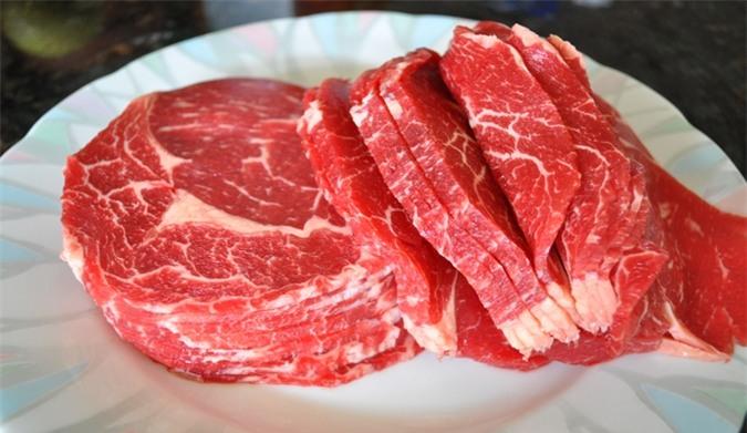 Bí kíp chọn thịt bò tươi ngon và cách nhận biết thịt bò giả